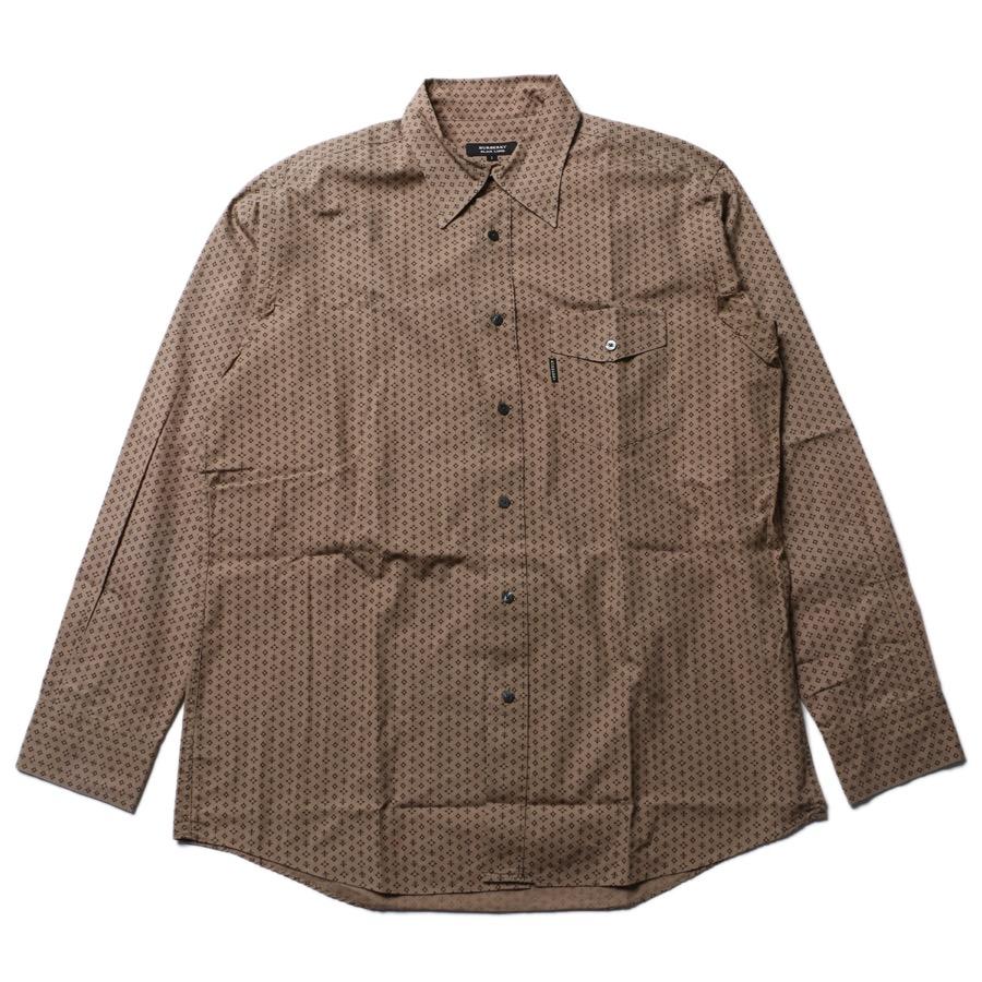 柄物シャツ